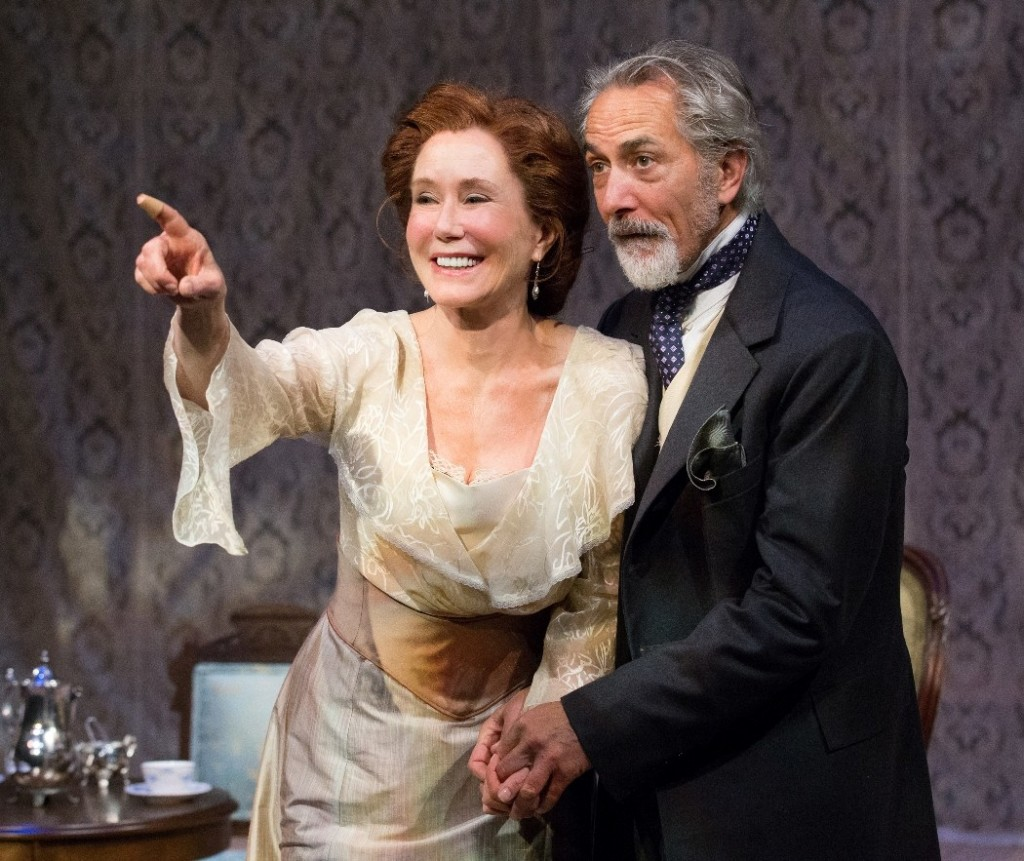 Mary McDonnell & David Strathairn in The Cherry Orchard